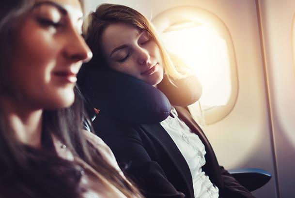 Femmes dans l'avion